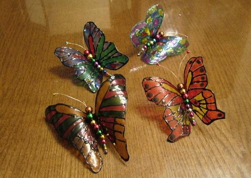 Бабочки из пластиковых бутылок фото
