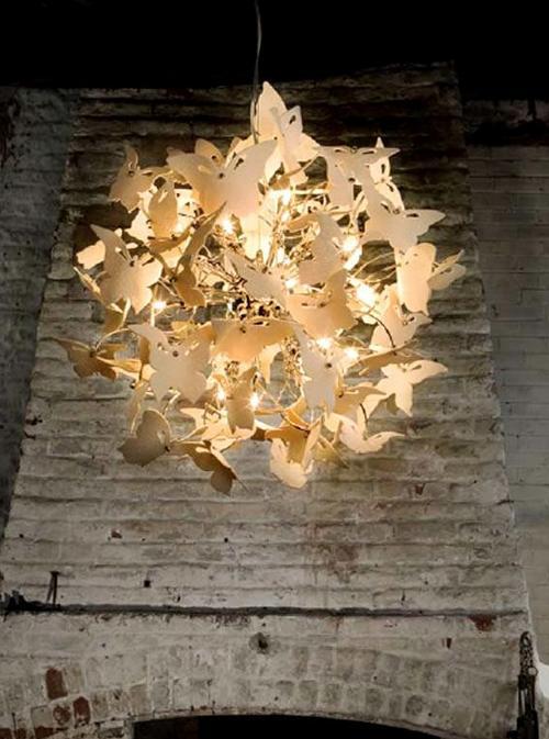 Люстра из бабочек фото