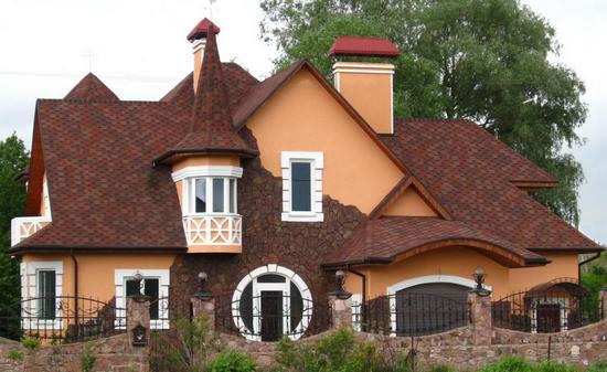 Формы и виды крыш частных домов фото