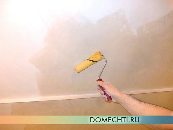 Грунтовка потолка фото