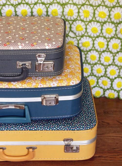 Как декорировать старый чемодан