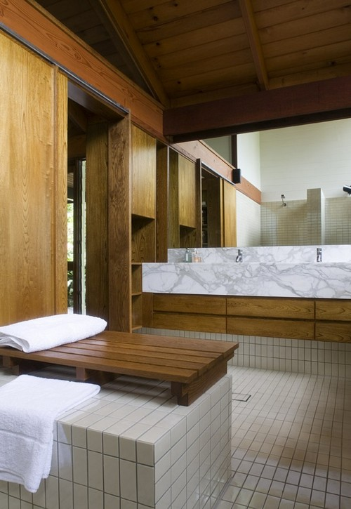 отделка ванной комнаты деревом
