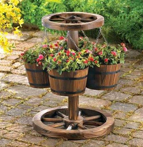 Декоративное колесо от телеги фото