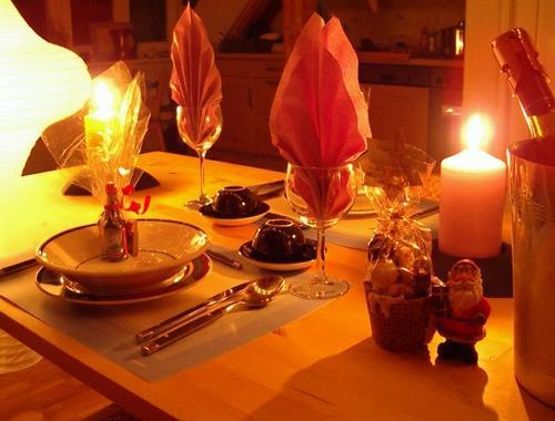 Романтический вечер дома сервировка стола