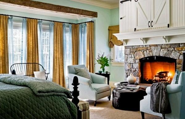 Спальня с камином в классическом стиле фото