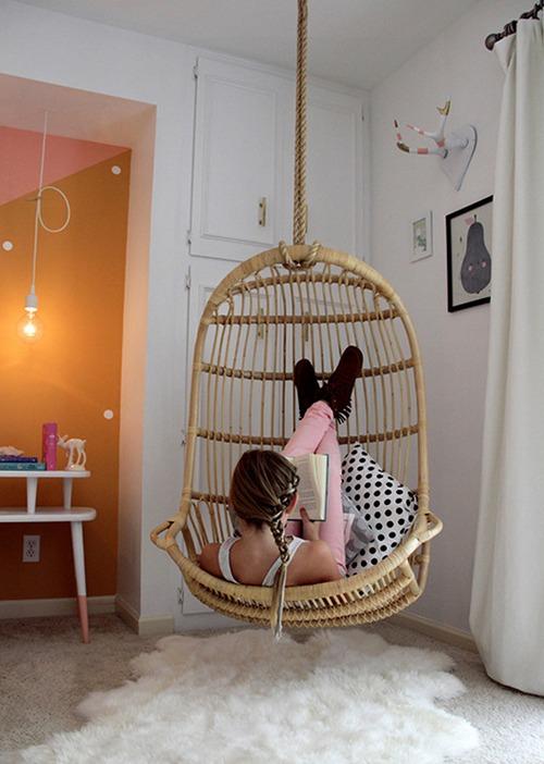 Кресло подвешенное к потолку