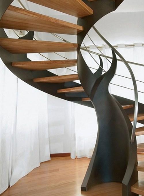 Винтовые лестницы в интерьере