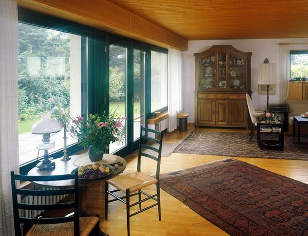 Дача с большими окнами фото