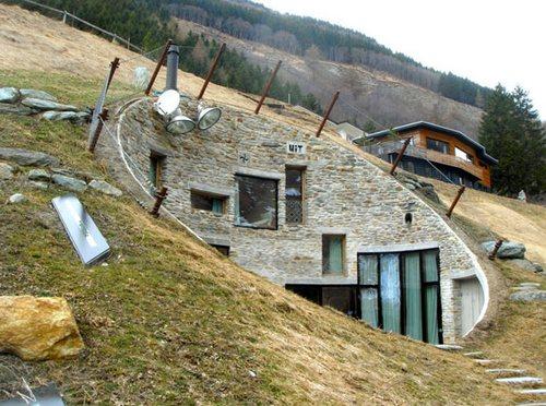 Вилла Vals - необычный дом в горе