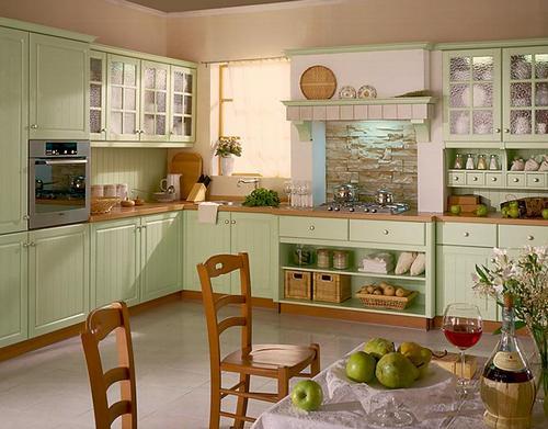 Кухня кантри фисташкового цвета