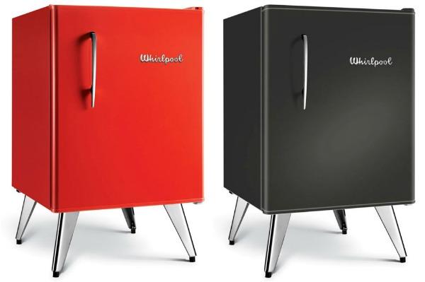 Маленькие холодильники в стиле ретро на ножках от Whirlpool