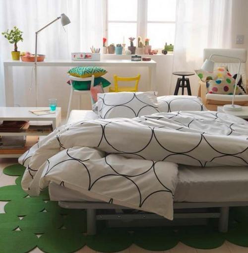 Прикроватные коврики необычной формы фото