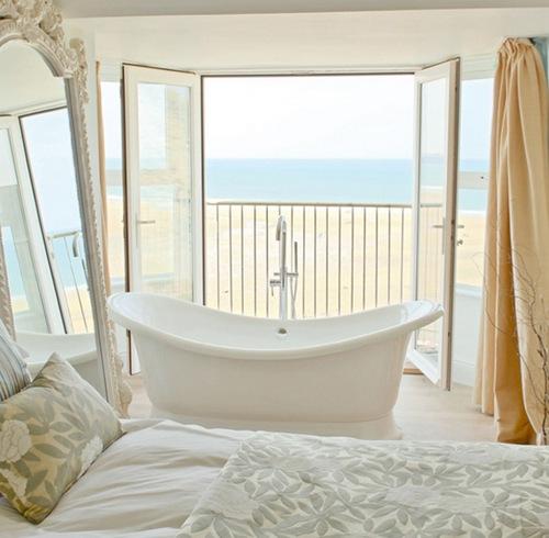 ванная в спальне фото