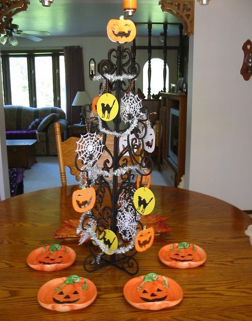 Декоративные украшения на Хэллоуин