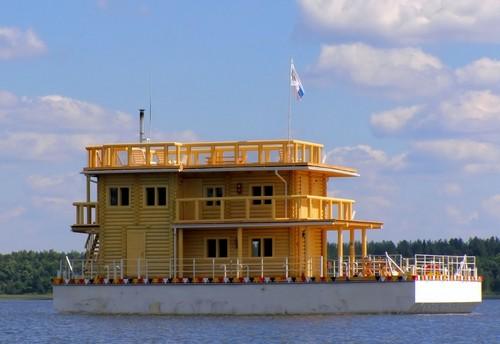 Дом-лодка фото