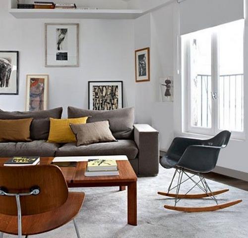 Кресло-качалка в гостиной фото