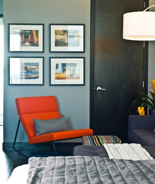 Оранжевое кресло-качалка