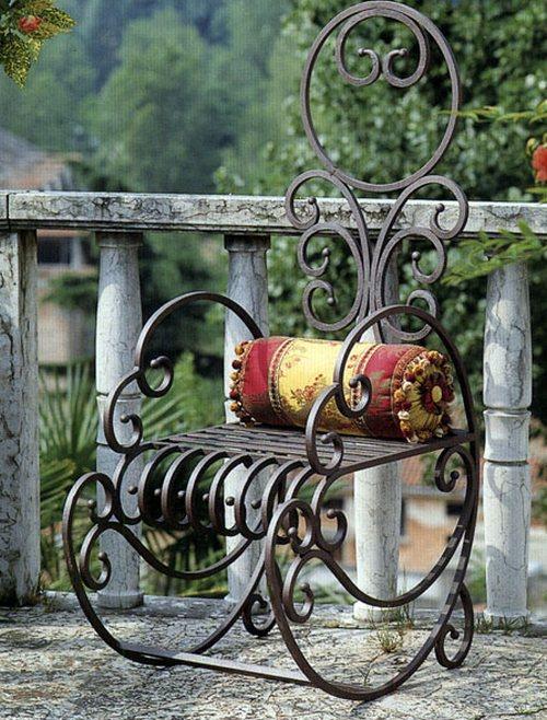 Кресло-качалка кованое