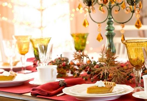 Как украсить новогодний стол 2014