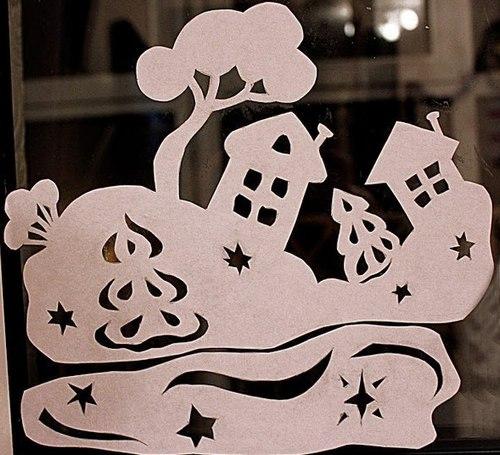 Новогодний декор окон в детской комнате