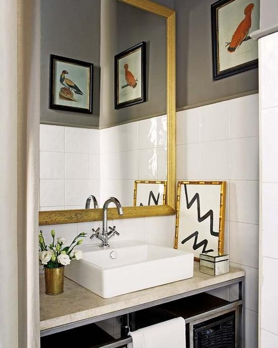 Бело золотая ванная комната