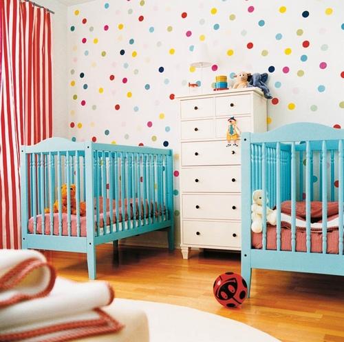 Дизайн комнаты для новорожденных двойняшек фото