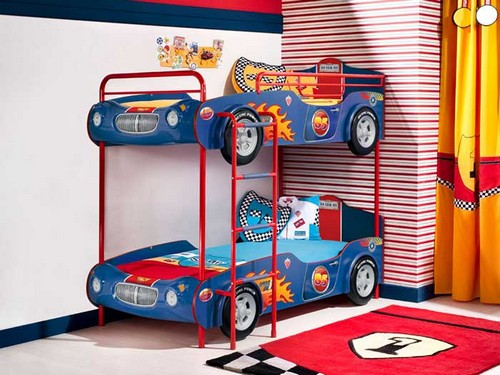 Двухъярусная кровать машина