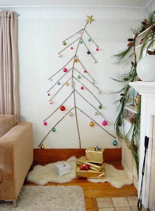 Новогодняя композиция елка на стене фото