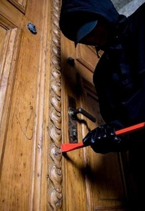 как защитить дом от воров