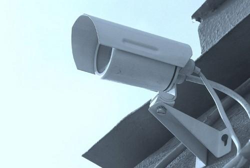 Как защитить дом от воров видеонаблюдением