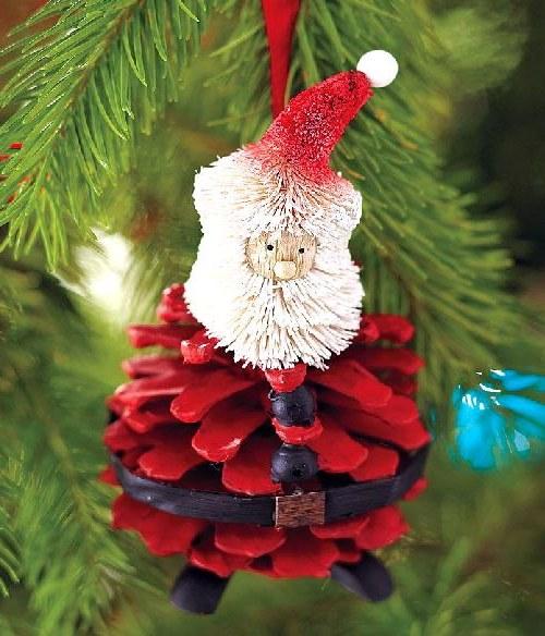 Дед Мороз на елку из шишки