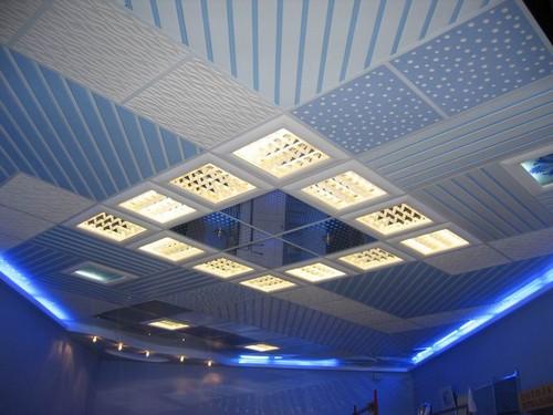 Дизайн и освещение кассетного потолка