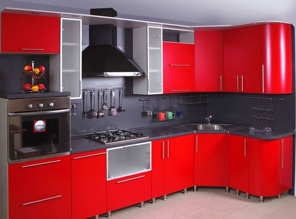 Кухонная глянцевая мебель хай-тек