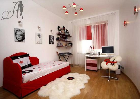 Уютная комната для модницы в белом и красном