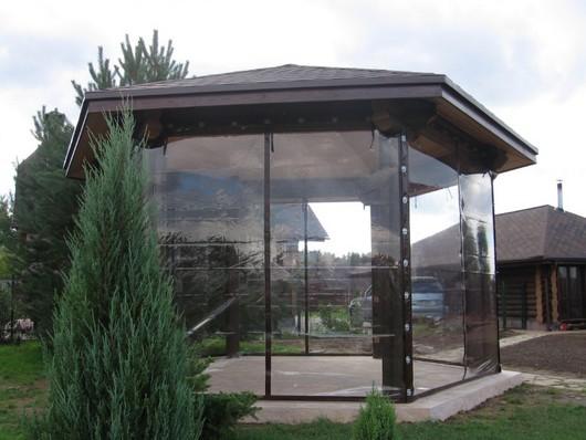Прозрачные шторы ПВХ для беседки