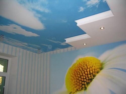 как мыть тканевый натяжной потолок
