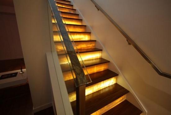 Лестница с подсветкой фото