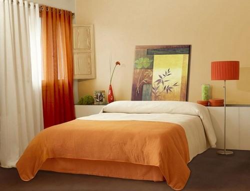 Интерьер спальни абрикосово-бежевого цвета