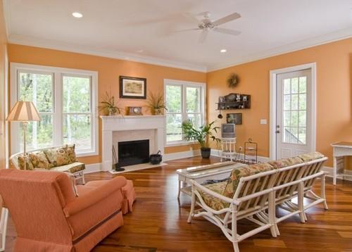 Интерьер гостиной в абрикосовых тонах