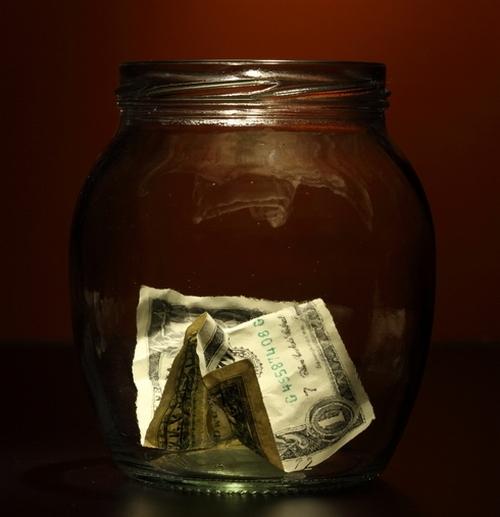 Где прячут деньги в квартире