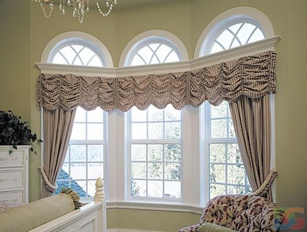 Красивые шторы на высокие арочные окна