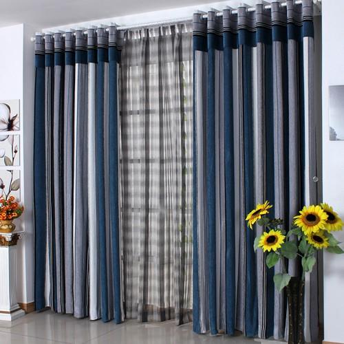 Полосатые шторы для гостиной в морском стиле