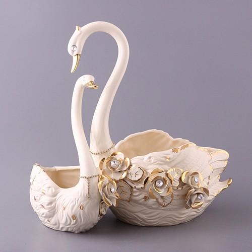 Статуэтка пары лебедей в спальню