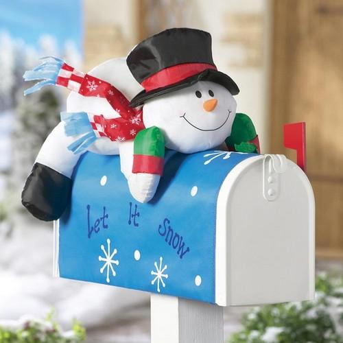 Почтовые ящики уличные со снеговиком фото