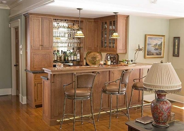 Классическая кухня с барной стойкой фото