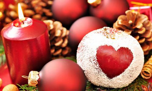 Украшение елки по фен-шуй для привлечения любви