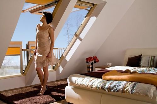Как мансардные окна превращаются в балкон