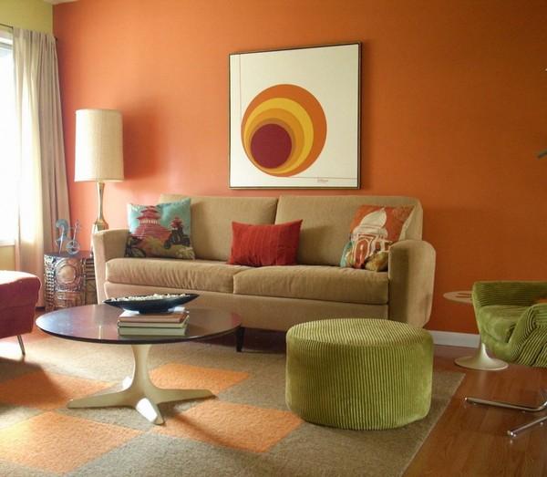 обои персикового цвета в интерьере