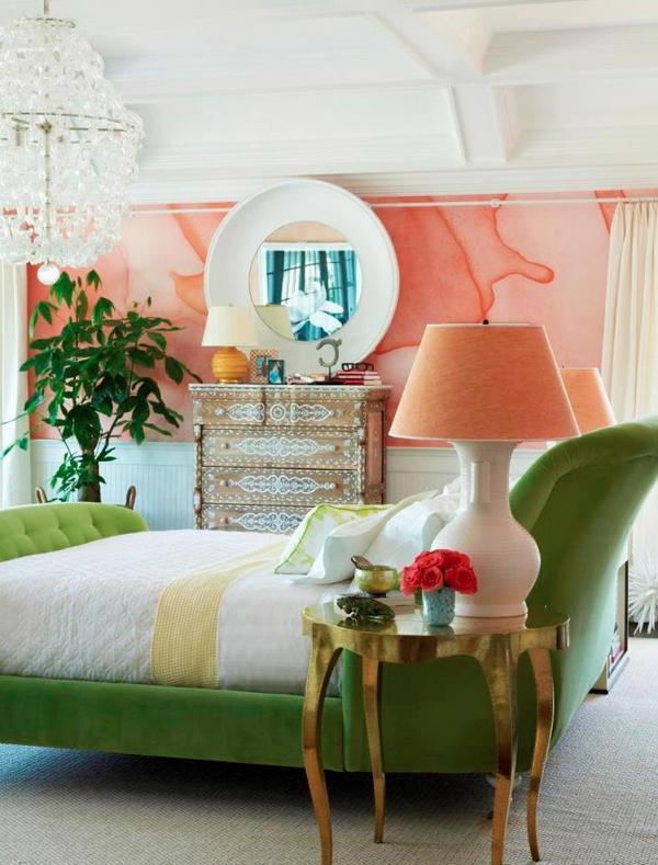 Акцент на стену персикового цвета