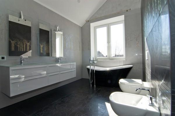 Интерьер ванной в стиле техно